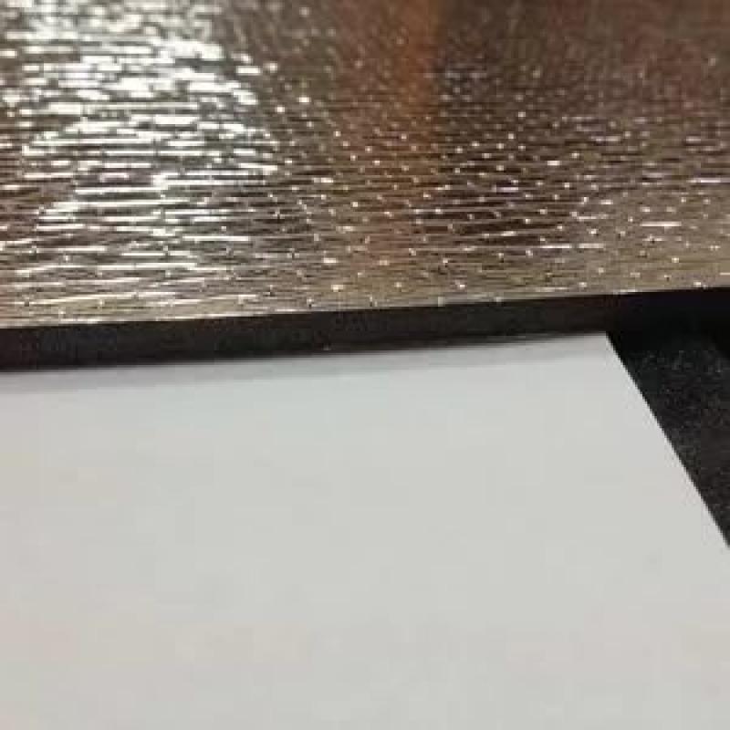 Шумофф BARRIER 5F (1000*750*5мм) - химически сшитый вспененный пенополиэтилен,  лицевое покрытие в виде  металлизированной лавсановой пленки